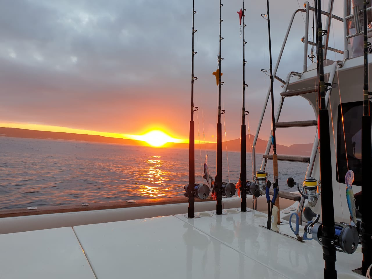 sunrise deep sea fishing cape town winter