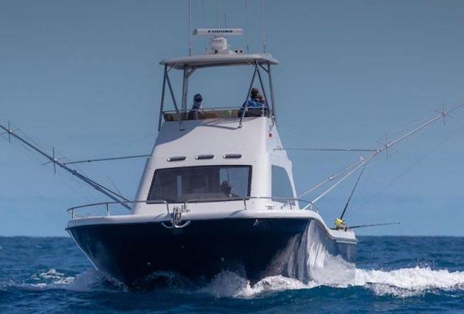 Magnum_44_Power_Catamaran_Walkaround_Model soul mate fishing charter